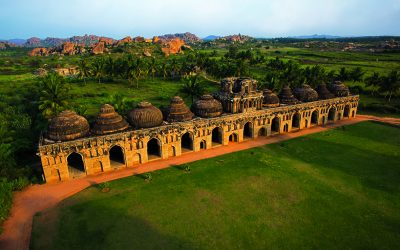 Karnataka - Elephant Stables, Hampi